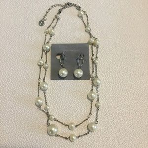 """Talbots 18"""" Necklace and Earring Set"""